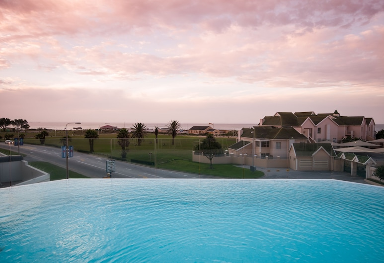 Radisson Blu Hotel, Port Elizabeth, Port Elizabeth, Outdoor Pool