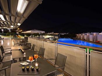 薩勒諾諾富特薩雷諾伊斯特雷其酒店的圖片