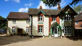 Reserve this hotel in Horley, United Kingdom
