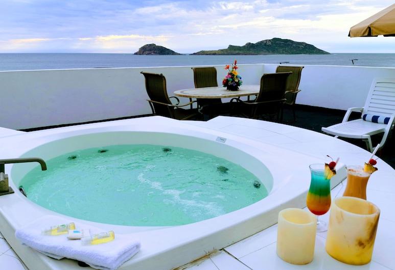Coral Island Hotel, Mazatlán, Suite, 1 cama de matrimonio grande, vistas al mar, Habitación