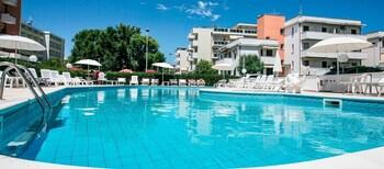 Foto di Hotel Fra i Pini a Rimini