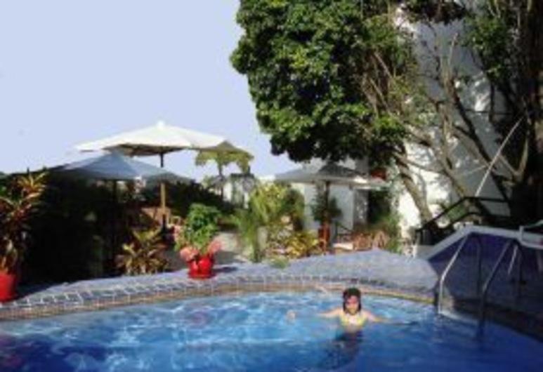 Amazon Apart Hotel, Iquitos, Außenpool