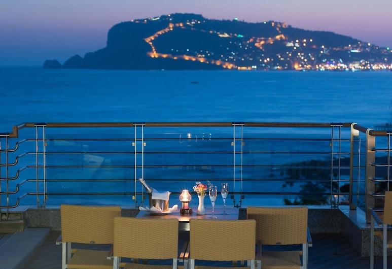 Grand Kaptan Hotel - All Inclusive, Alanya, Bar khách sạn