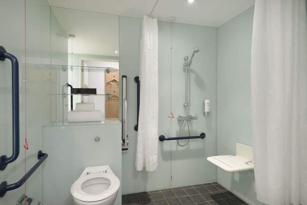 Accessible Wheelchair Double Room - Salle de bain
