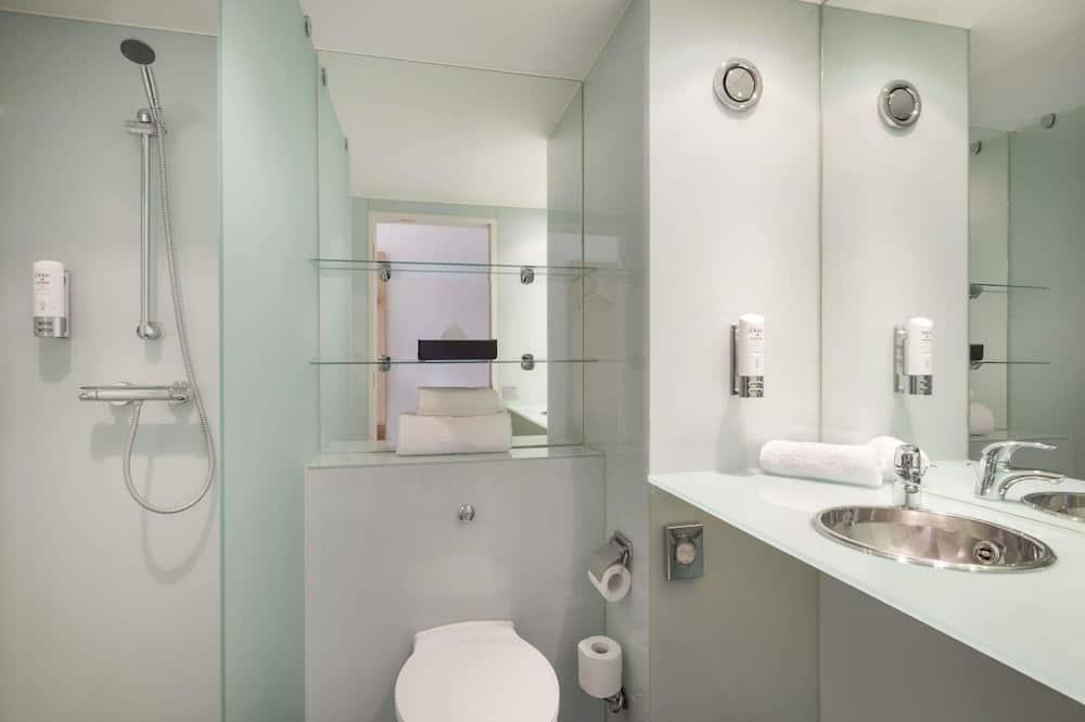 Standard Twin Bedroom - ห้องน้ำ