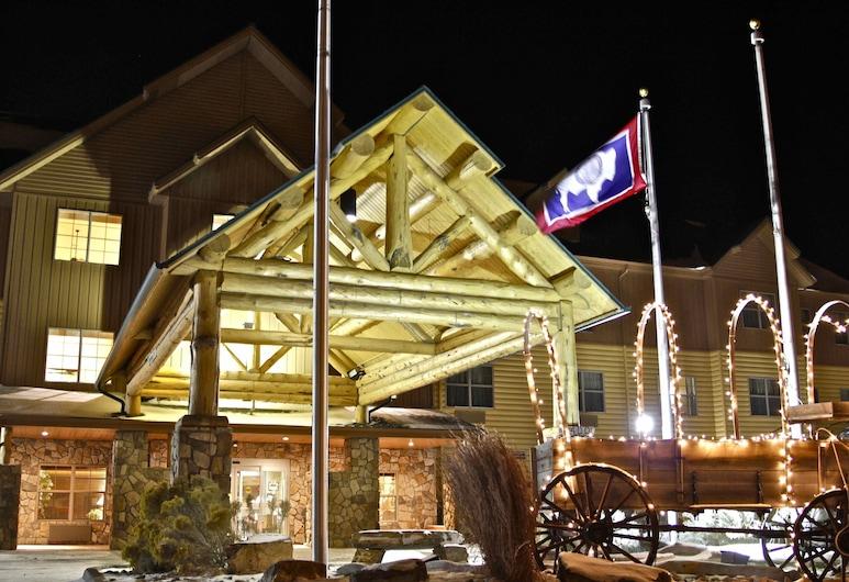 Arbuckle Lodge, Gillette