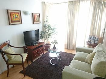 Fotografia hotela (At Home Roger de Flor) v meste Santiago