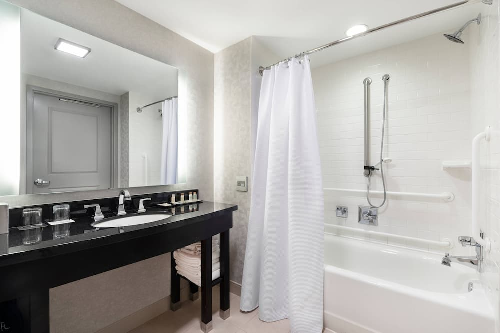 Phòng, 2 giường cỡ queen, Không hút thuốc, Có thể ngắm cảnh - Phòng tắm