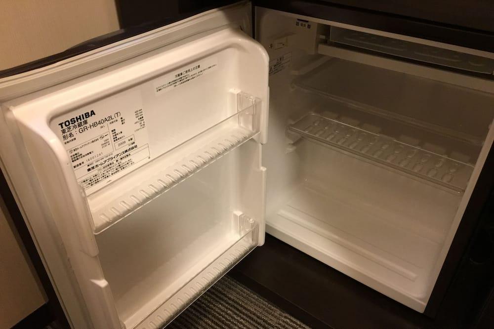 レディースルーム 喫煙可 - 小型冷蔵庫