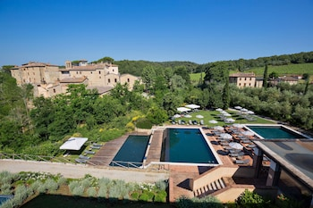 Picture of Castel Monastero in Castelnuovo Berardenga
