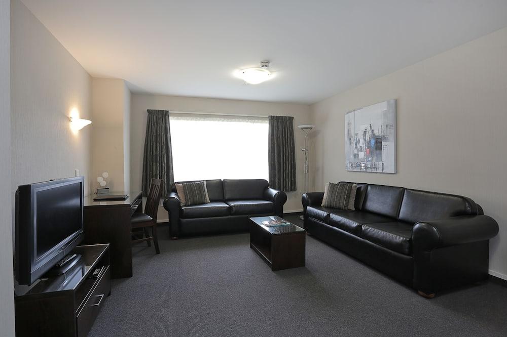Deluxe-Zimmer, 1 Schlafzimmer, Nichtraucher, Whirlpool - Wohnbereich