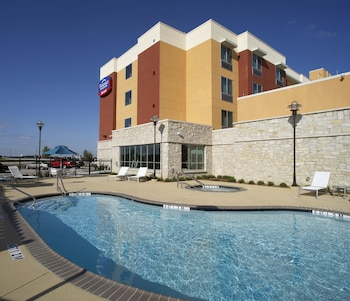 Picture of Fairfield Inn & Suites by Marriott Dallas Plano/The Colony in The Colony