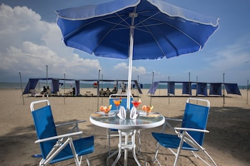Foto Santorini Hotel & Resort di Santa Marta