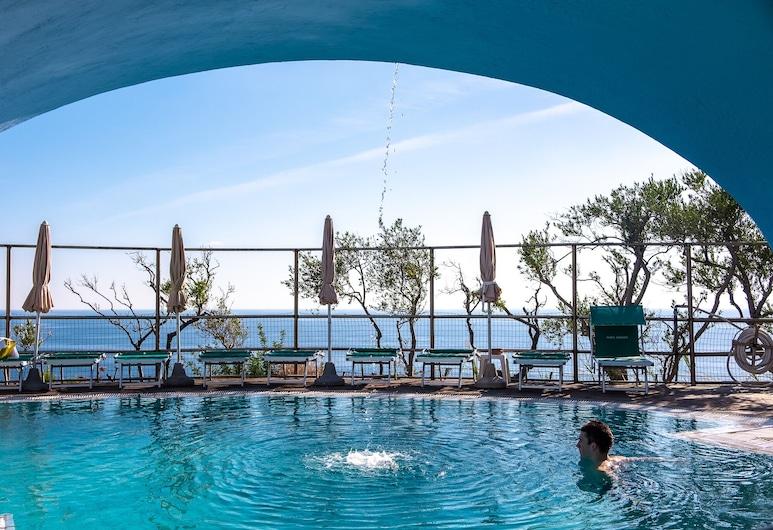 Punta Chiarito Resort, Forio, Pool