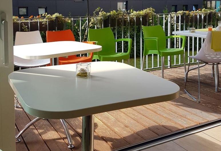 Hotel Aviva, Karlsruhe, Terasa