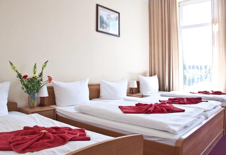 Hotel AI Königshof, Berlin, Fyrbäddsrum, Gästrum