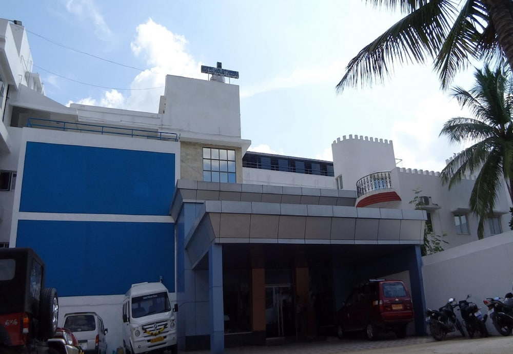 Hotel Mount Heera, Chennai