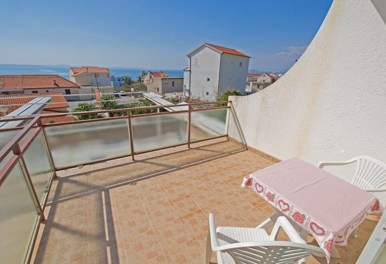 Villa Javor, Podstrana, Classic Δίκλινο Δωμάτιο (Double), Μπαλκόνι, Θέα στη Θάλασσα, Αίθριο/βεράντα