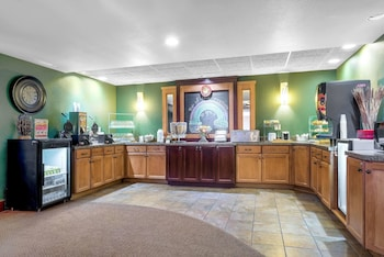 Picture of AmericInn Lodge & Suites Green Bay East in Green Bay