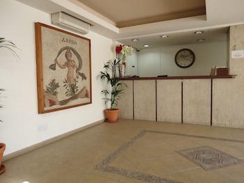 Φωτογραφία του Daphne Hotel Apartments, Πάφος