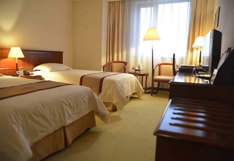 Shanghai Airlines Travel Hotel, Shanghai, Standard Twin Room, Guest Room