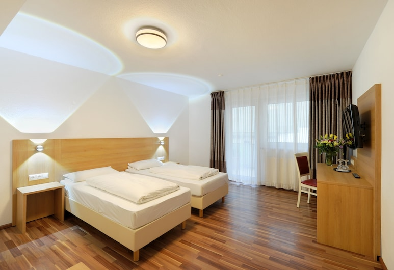 Bellevue Hotel, Düsseldorf, Vierbettzimmer, Zimmer