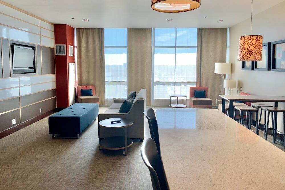 Президентский люкс, 1 двуспальная кровать «Кинг-сайз», балкон - Зона гостиной