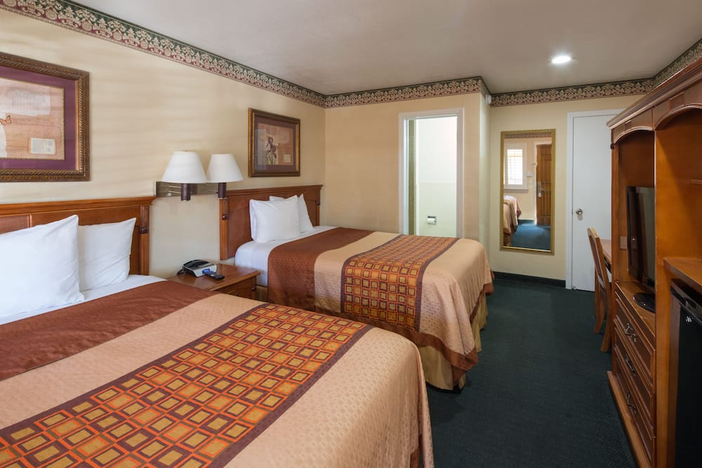Standard-Doppelzimmer, 2Doppelbetten - Zimmer