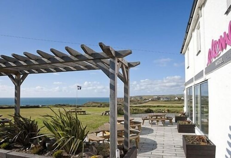 Elements Hotel and Bistro, Bude
