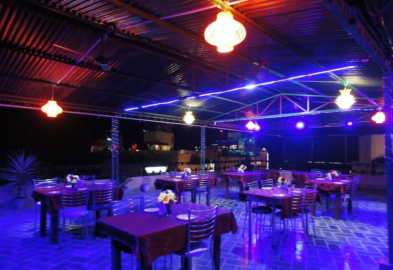 Hotel Taj Plaza, Agra, Nočný klub