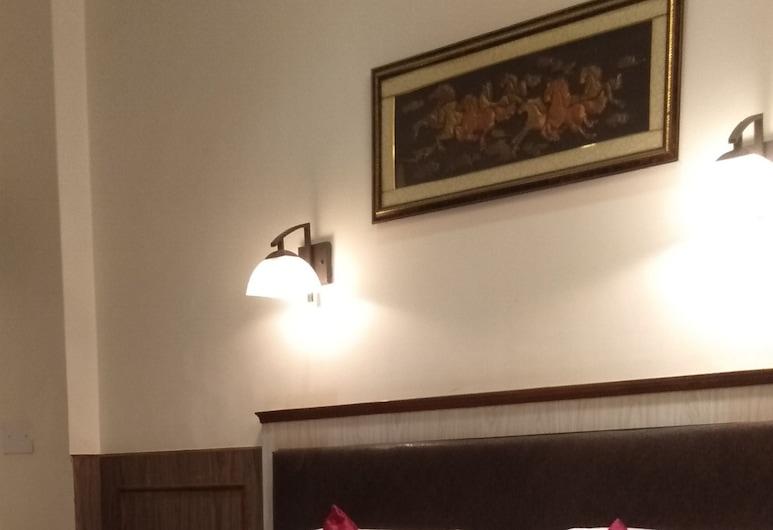 Hotel Sidhartha, Agra, Standard Room (AC), Guest Room