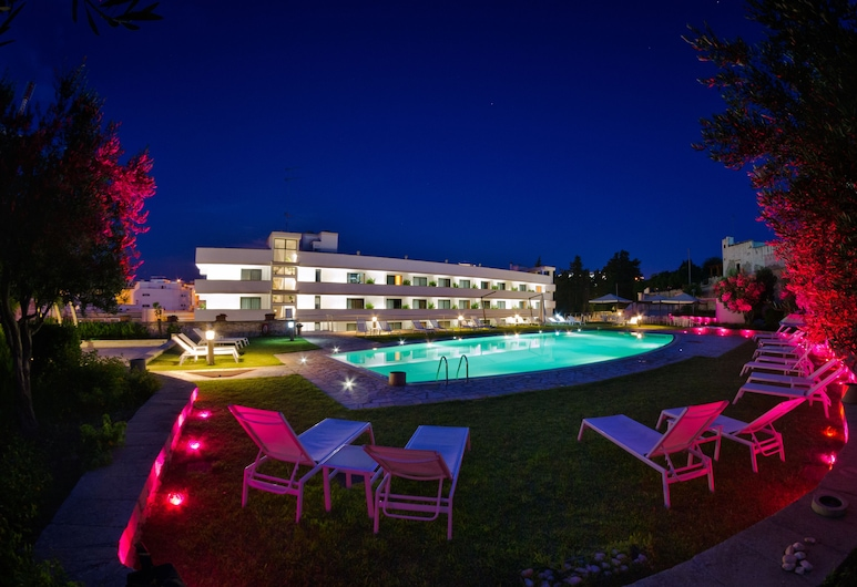 Hotel Vittoria Resort Pool & Spa, Otranto, Outdoor Pool