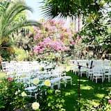 Kawasan Perkahwinan Luar