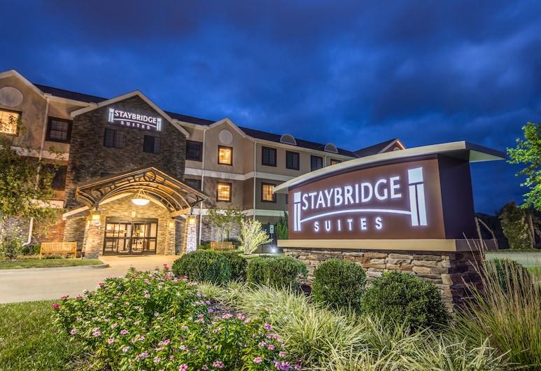 Staybridge Suites Kansas City - Independence, Independence