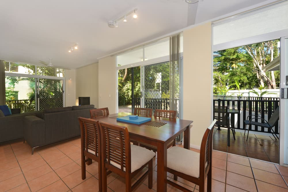Three Bedroom Two Bathroom Apartment - In-Room Dining