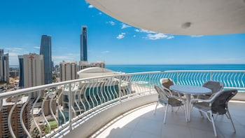 Picture of Aegean Apartments in Surfers Paradise
