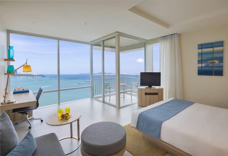 Holiday Inn Pattaya, Pattaya, Suite, 1 King Bed, Non Smoking (Kids), Guest Room View
