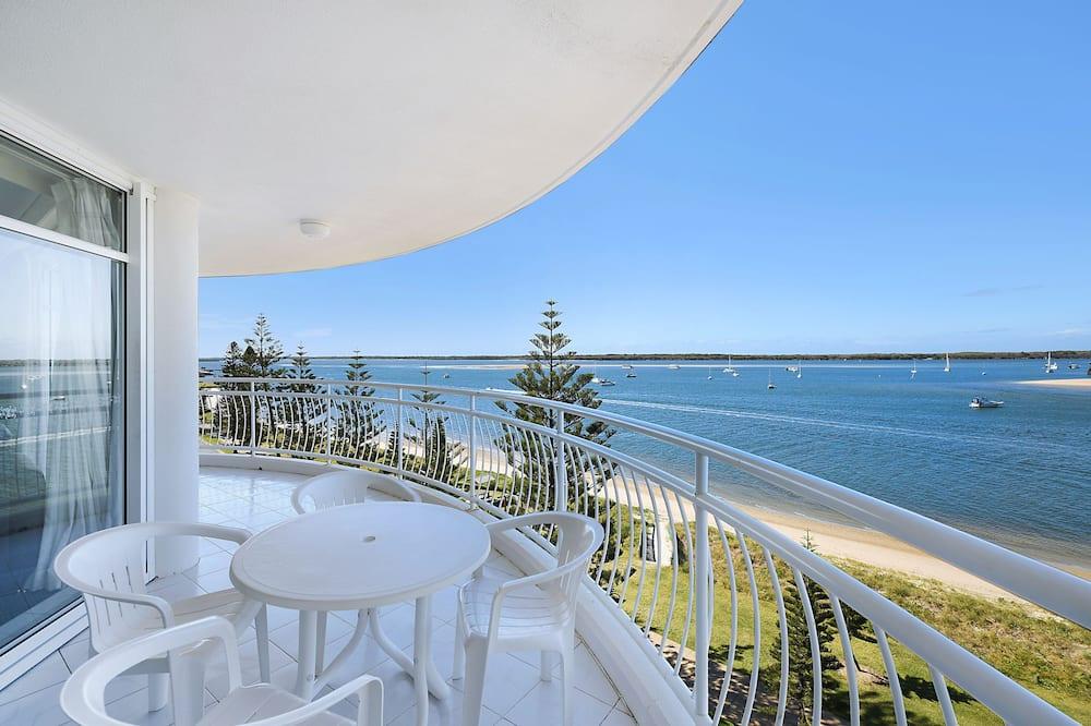 2 Bedroom Waterfacing Spa - Balcony