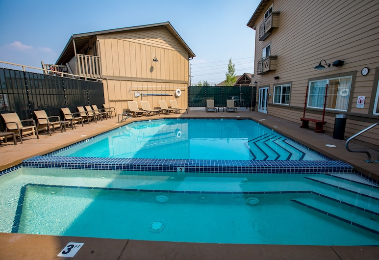 Best Western Rocky Mountain Lodge, Whitefish, Outdoor Pool