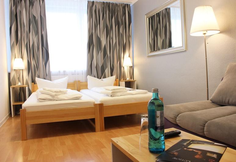 Hotel Lützow, Berlin, K38 Mehrbettzimmer, Zimmer