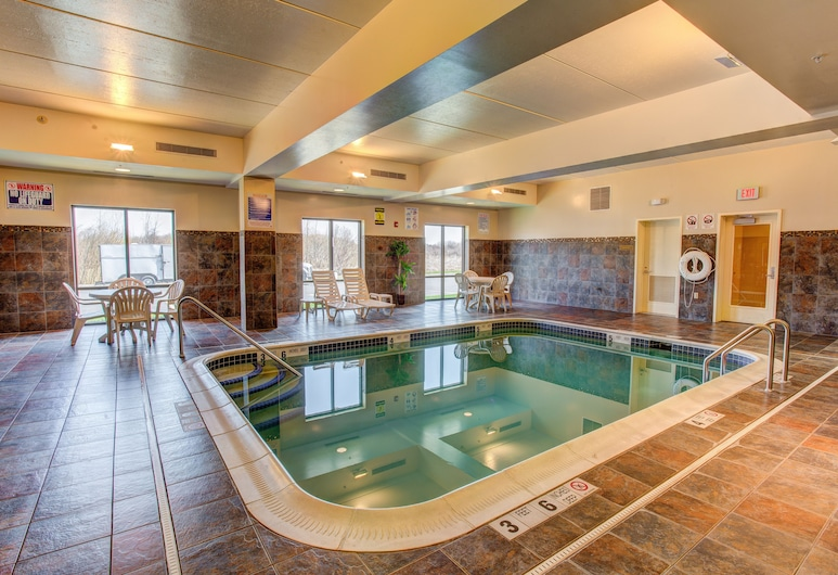 Comfort Suites Cicero - Syracuse North, Cicero, Innenpool