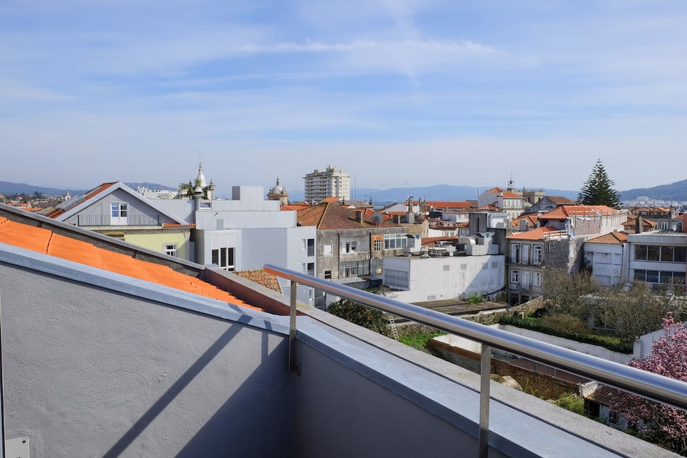 Twin Room (With views) - Balcony View