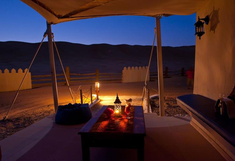 Desert Nights Camp, Bidiya, Tält Deluxe, Terrass