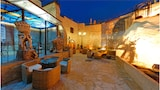 Reserve this hotel in Alcamo, Italy