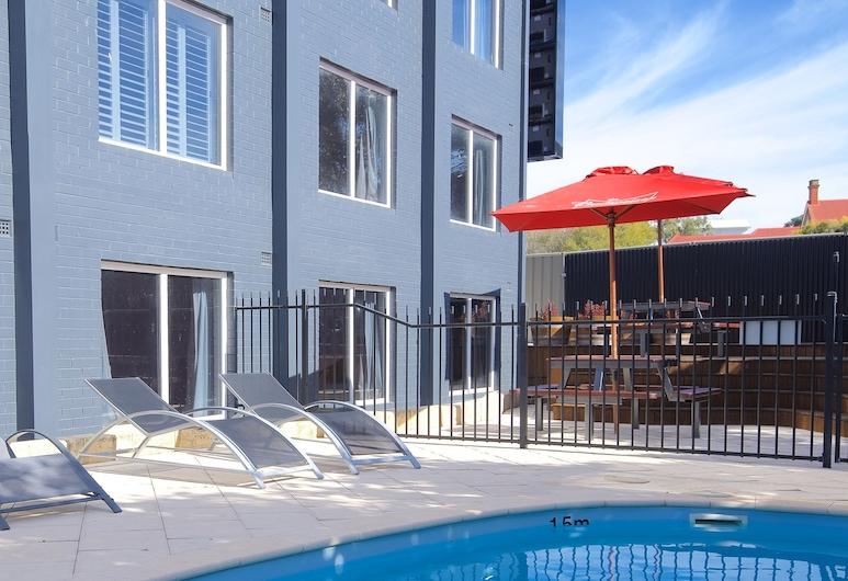 The Murray Hotel, West Perth, Lauko baseinas