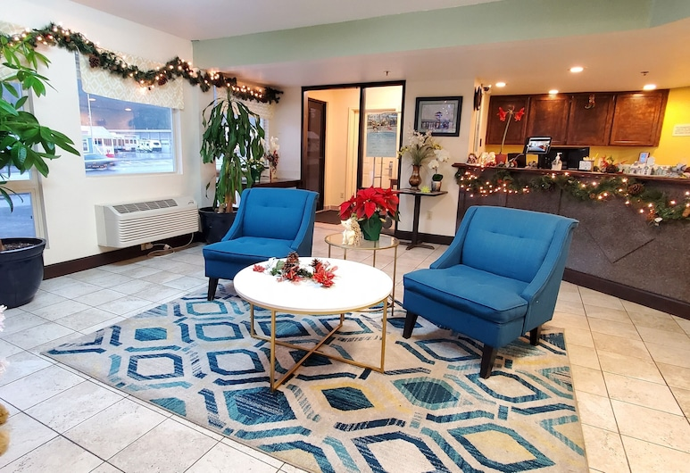 Olympic Inn & Suites, Port Angeles, Sitzecke in der Lobby