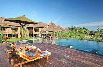 Picture of MARA RIVER SAFARI LODGE at Bali Safari & Marine Park in Gianyar