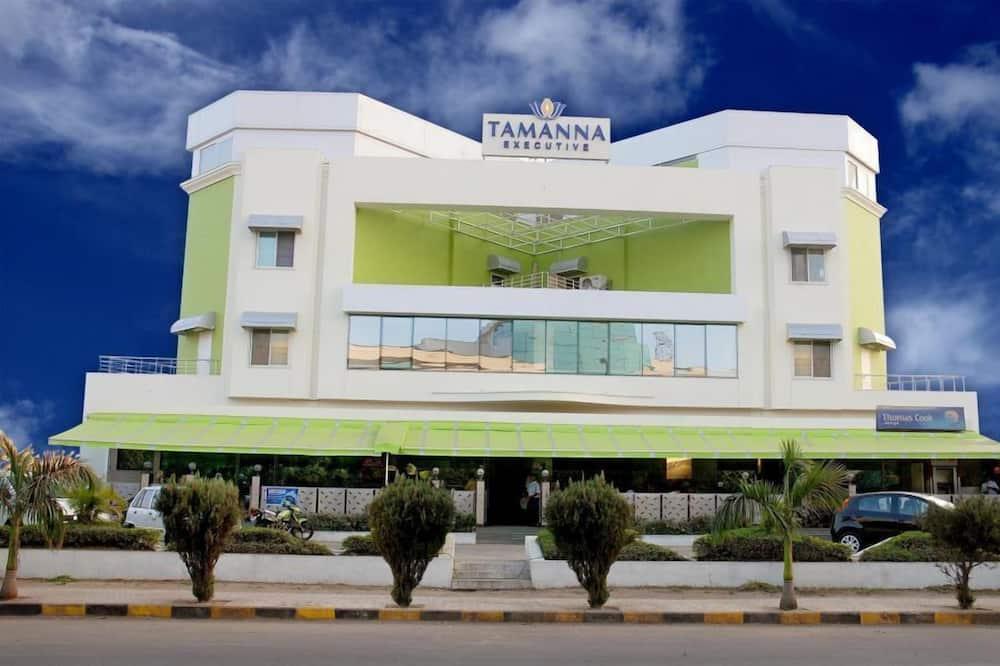 Executive Tamanna Hotel Hinjawadi, Pune