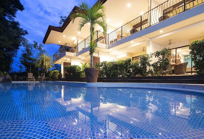 Pumilio Mountain & Ocean Hotel, Jaco, Hồ bơi