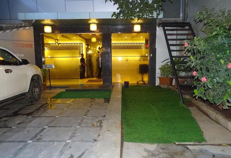 Hotel Sunshine, Mumbai, Vchod do hotela